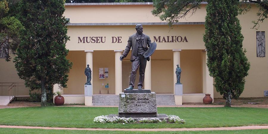 Museu José Malhoa i Caldas da Rainha visar målningar från den välkända artisten.